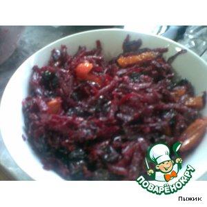 Рецепт Свекольный салат с сухофруктами