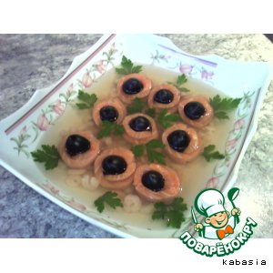 Рецепт Заливное из сeмги с маслинами и креветками