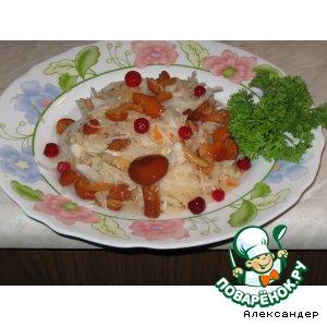 Рецепт Салат из квашенной капусты  и маринованных грибов