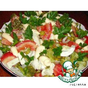 Рецепт Салат с брокколи и фетой
