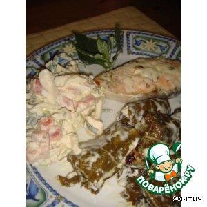 Рецепт Запеченный лосось и ассорти сырное в виноградных листиках