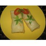 Блинчики с курицей и овощами в сливочно-сырном соусе