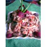 Салат из печени с овощами