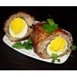Мясной рулет со шпинатом и яйцом