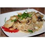 Окунь, запеченный с картофелем и грибами под майонезом