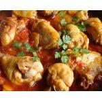 Курица тушеная в томатно-сметанном соусе