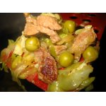 Мясо с капустами