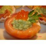 """Закуска """"Любимая"""" из авокадо и красной рыбы"""