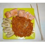 Морковь с кунжутом и японский омлет тамаго
