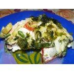 Кижуч с овощами в омлете