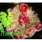 Теплый салат из печени и вишни