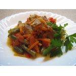 Мясо тушенное с овощами