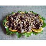 Теплый салат из куриной печени с орехами и апельсинами