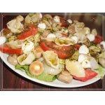 Летний салат с пастой конкилье и моцареллой