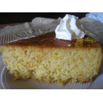 Торт с целыми апельсинами, миндалем и сиропом из десертного вина