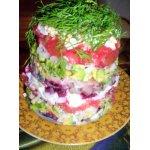 Салат с авокадо, сельдью и свеклой