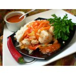 Курица с овощами и соусом «Пири-пири»