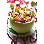 Фруктовый салат в помело