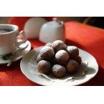 Итальянские медовые пончики Струффоли