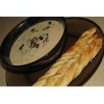 Грибной крем-суп с сырными завитушками