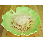 Изысканный салат с оригинальной крабовой заправкой