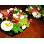 """Салат """"Греческий"""" с яйцами-пашот"""