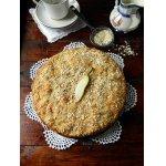 Постный пирог с грушами и овсяными хлопьями