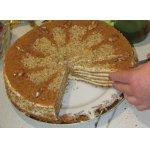 Медовый торт с манным кремом