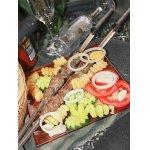 Кийма шашлык с овощами и картофельными спиральками