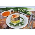 Кольца из лосося паровые с кабачком