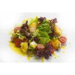Салат с куриной грудкой и томатами черри