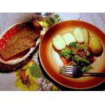 Салат с брокколи и семенами подсолнуха
