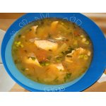Суп из лосося с капустой и белым вином