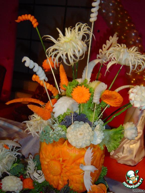 Поделки ваза с цветами из овощей 56