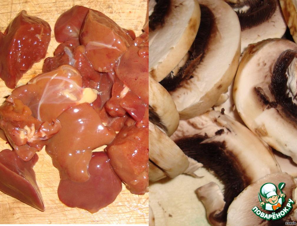 Блюда из картофеля и куриной грудки на сковороде