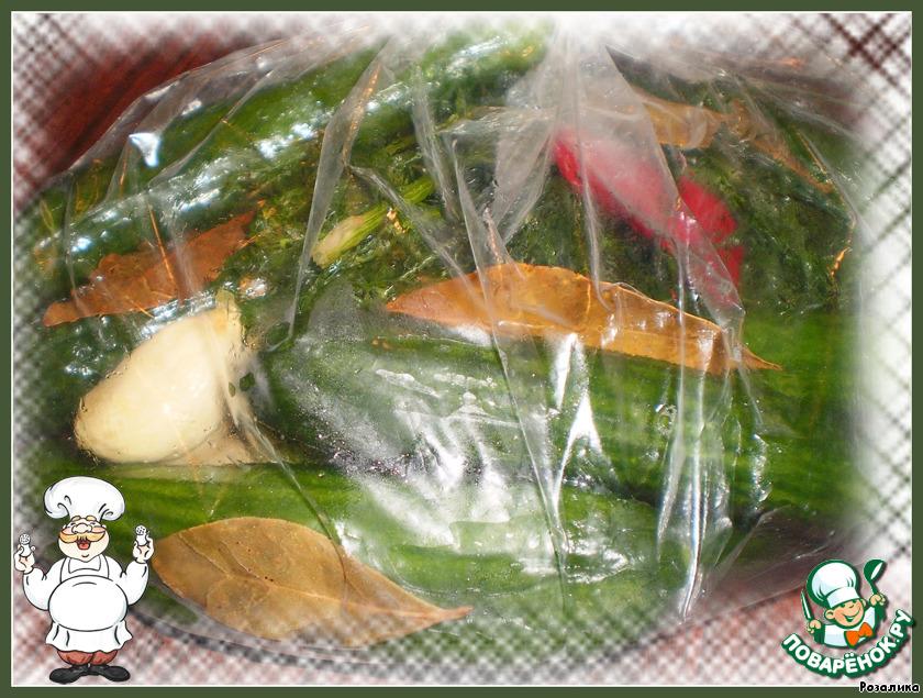 фрукты в целлофановом пакете