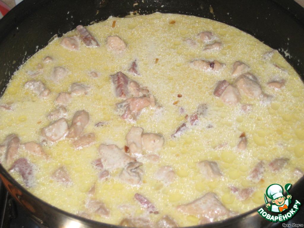 как приготовить курицу на сковороде в сливочном соусе