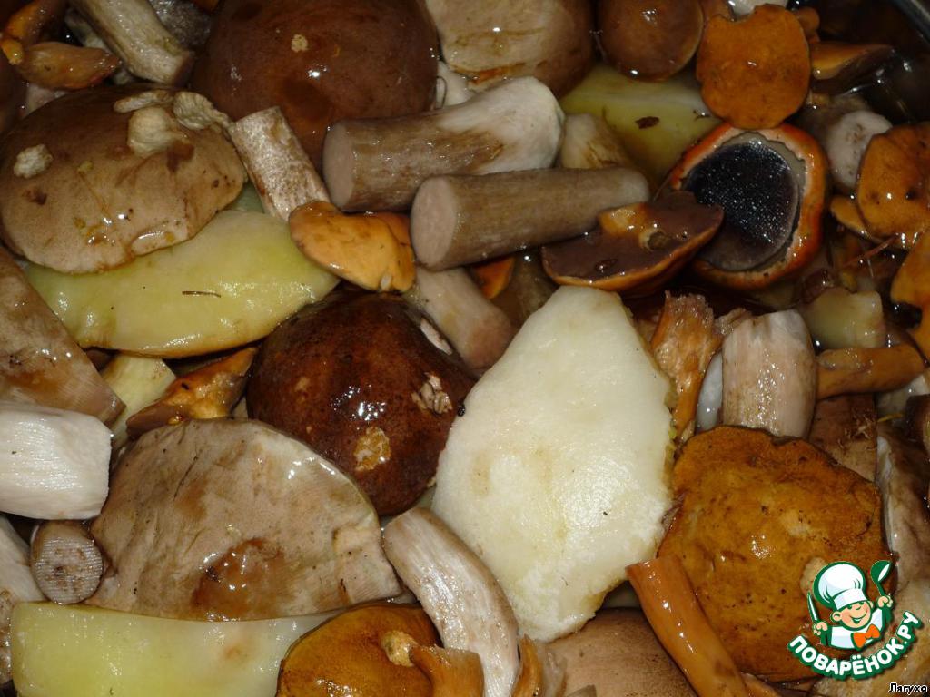 Грибы маринованные кулинарный