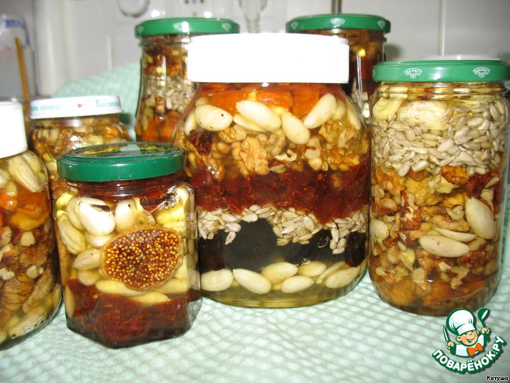 Орехи и сухофрукты в меду презент