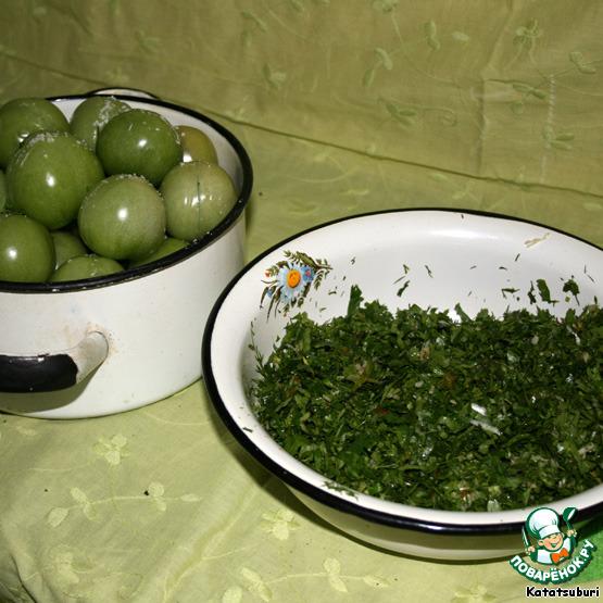 Зеленые помидоры в собственном соку