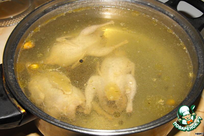 Суп-лапша с перепелками ингредиенты.