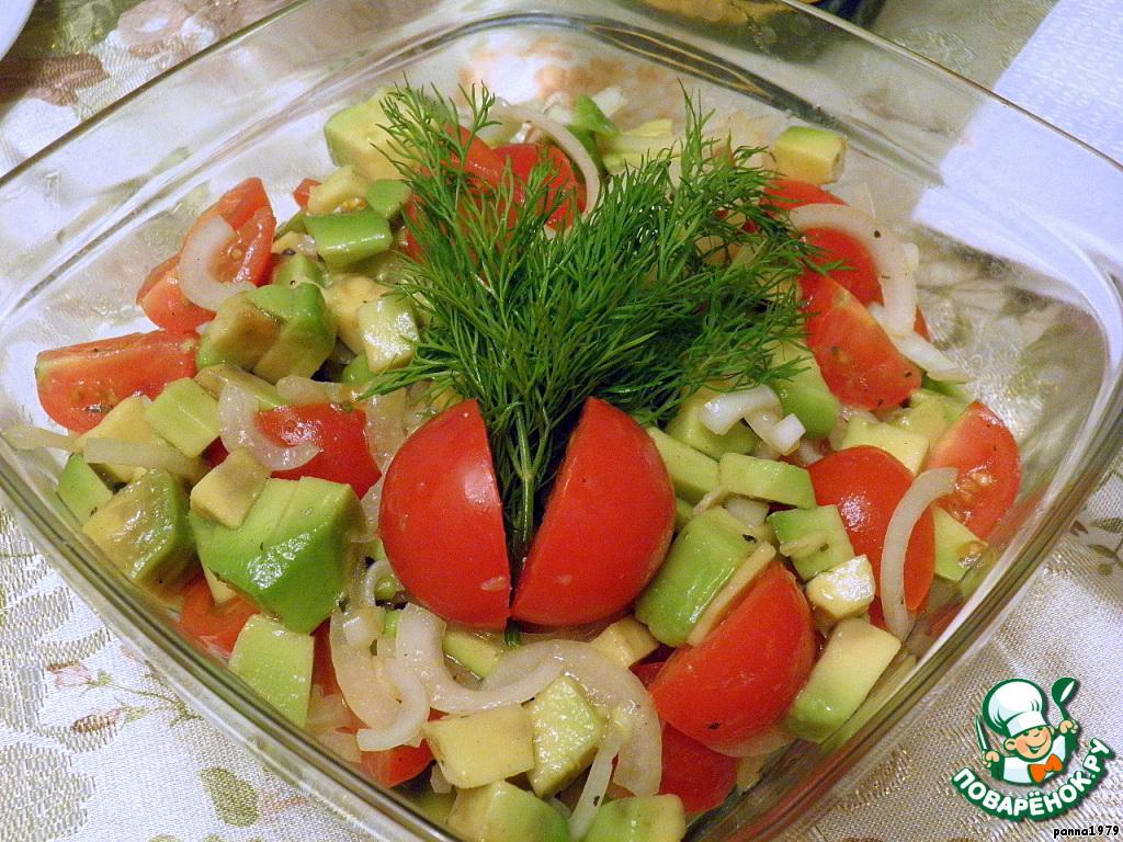 Салат из огурца помидора и лука