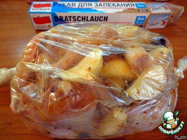 курица в рукаве с яблоками в духовке рецепт с фото