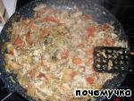 Рулетики из лаваша с курицей в сметанном соусе Мясо