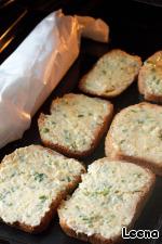 Сырно-чесночный хлеб Масло сливочное