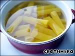 Каннеллони с фаршем, томатами и                         моцареллой «Италия по-русски»