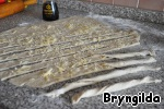 Хлеб для пикника. Калачи с кунжутом, сырные палочки и каравай из ржаной муки на соевом соусе и сыворотке Сыворотка молочая