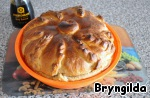 Хлеб для пикника. Калачи с кунжутом, сырные палочки и каравай из ржаной муки на соевом соусе и сыворотке Желток для смазки