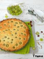 Пирог с мускатным виноградом и фундуком Виноград