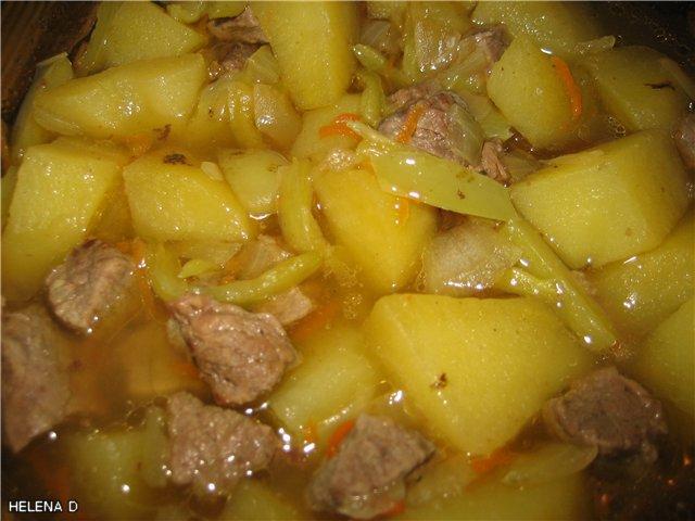 овощное рагу с курицей и кабачком на сковороде рецепт с фото